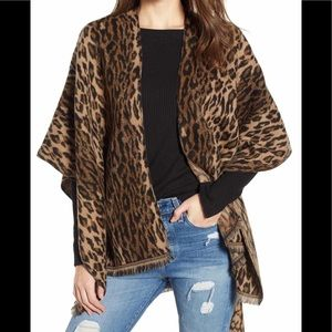 💕DAVID AND YOUNG LEOPARD PRINT SHAWL NWT